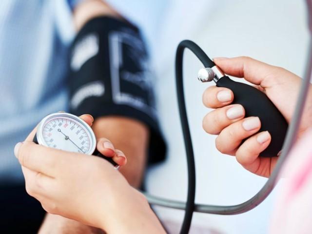 Come misurarare la pressione arteriosa, corso certificato oss a caserta