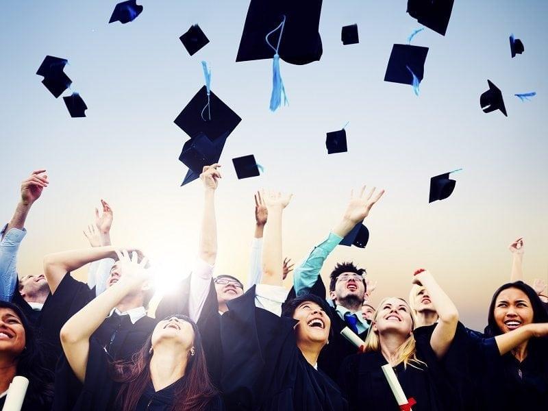 Preparazione tesi universitaria a Caserta, ti prepara a scrivere la tua tesi universitaria frequenta la preparazione di una tesi di laurea